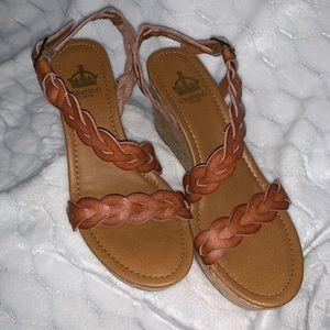 Crown Vintage braided platform sandal